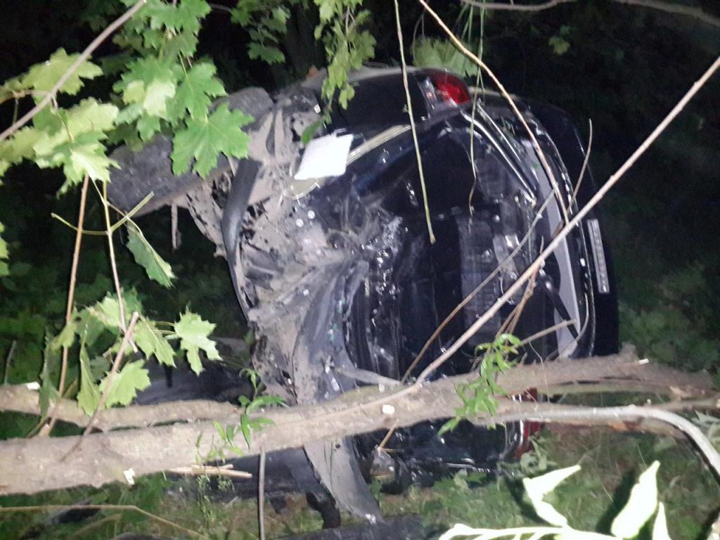 ВРязани «Лада-Калина» при обгоне зацепила иномарку, шофёр отечественного авто умер