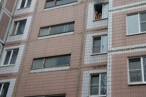 Видео пожара на Новоселов 29: дети хотят прыгать из окна