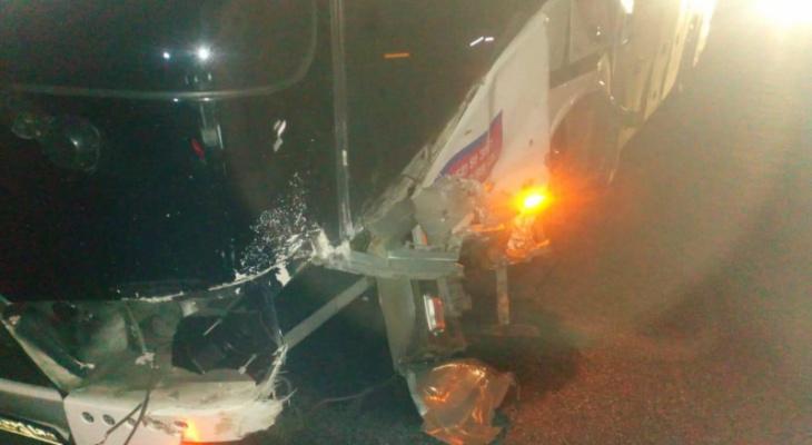 В Шиловском районе Audi врезалась в автобус