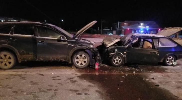 В Александро-Невском районе водитель «восьмёрки» врезался в джип