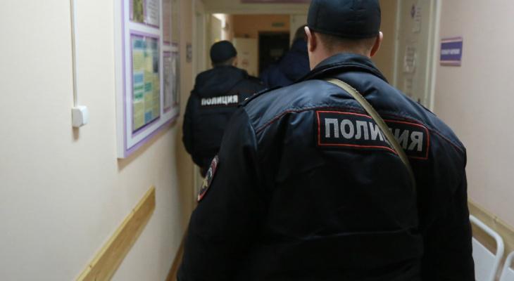 Пьяный житель Грозного укусил рязанского полицейского