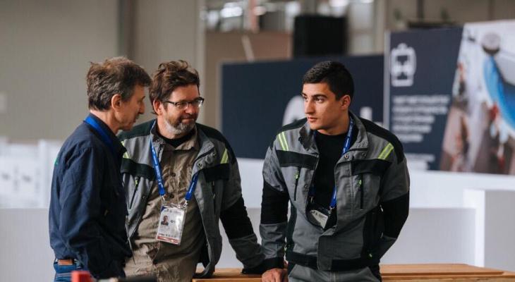 Рязанский столяр Андрей Потапов получил медаль за мастерство на чемпионате WorldSkills в Казани