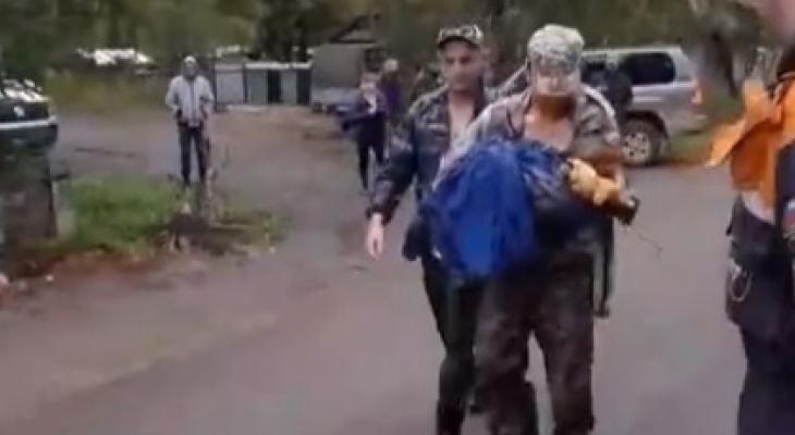 Рязанские волонтеры вернули пропавшую под Вологдой двухлетнюю девочку домой