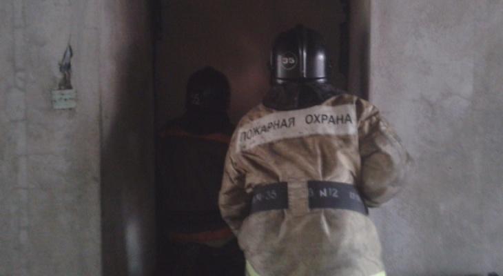 В Канищеве произошел пожар в многоэтажке, эвакуировано 15 человек