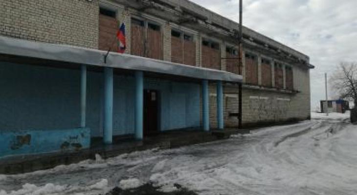 На улице одного из поселков Милославского района нашли мертвого мужчину