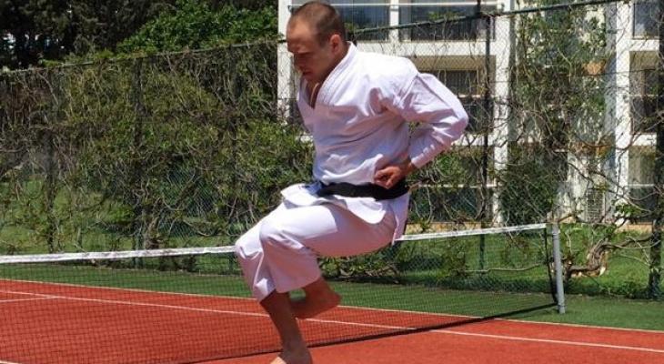 """Рязанский тренер по карате: """"Сдать экзамен на черный пояс можно только у мастера из Японии"""""""