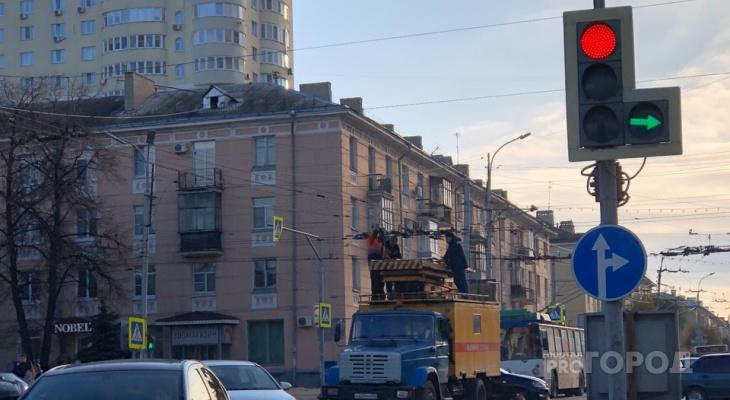 Водителям на заметку: на пересечении Ленина и Соборной изменят схему движения