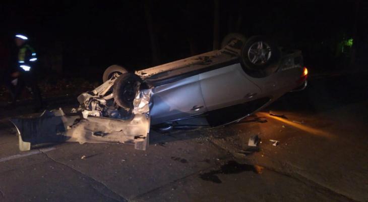 Обе машины всмятку: пьяный водитель БМВ протаранил и разбил Ниссан