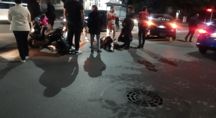 На «зебре»: рядом с музыкальным училищем сбили девушку