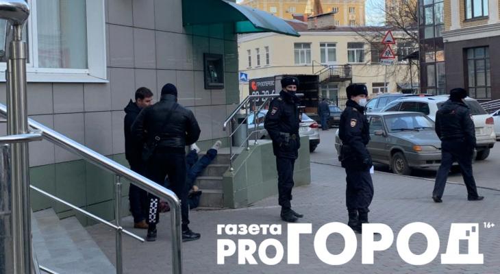 Вместо лица - месиво: в центре Рязани обнаружили труп мужчины