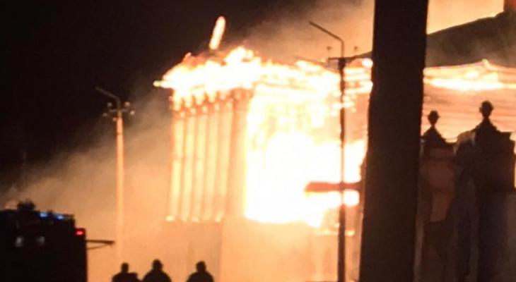 Памятник федерального значения: в Касимове сгорел дом Барковых