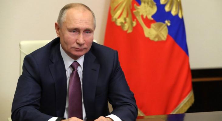 За блокировку - санкции: Путин подписал закон о цензуре против российских СМИ