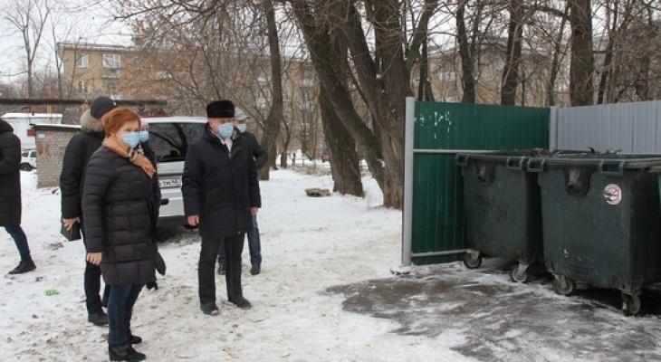 Первая проверка: мэр Рязани проверила состояние дворов и мусорных площадок