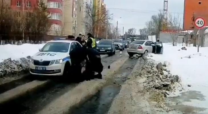 Захотелось приключений: пьяные рязанцы напали на полицейских