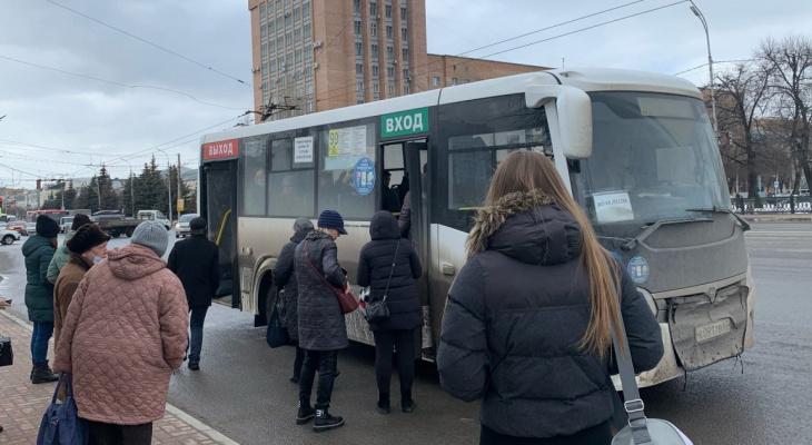 Смена маршрута: в Рязани обсудили изменение направления автобуса №4