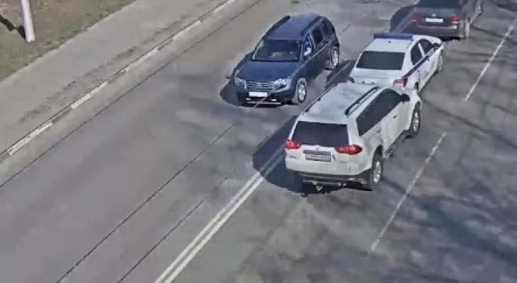 Авария на Спортивной: один из автомобилей принадлежит Росгвардии