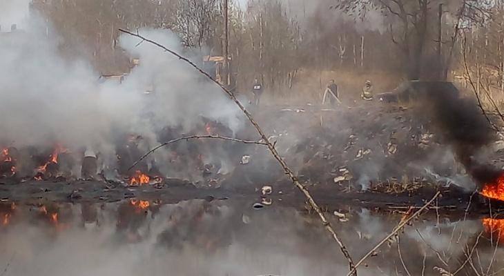 Привет экологии: в Турлатово вспыхнула свалка
