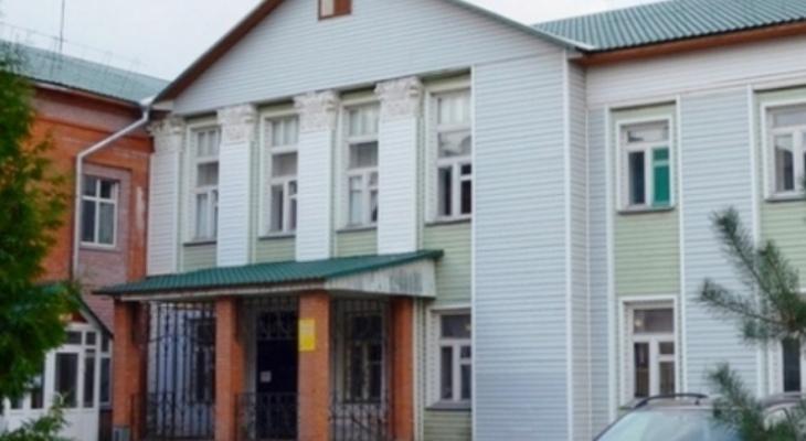 Уже влетело от прокуратуры: в Рыбновской больнице не помогли ребенку из-за просроченного бинта