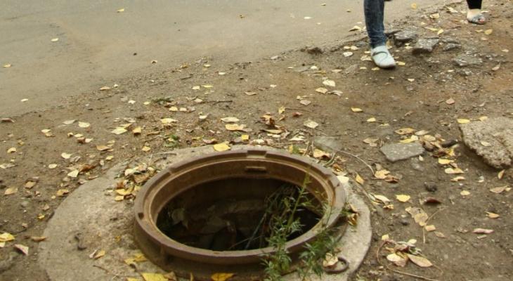 Грозит второй срок: рязанец украл 6 крышек канализационных люков