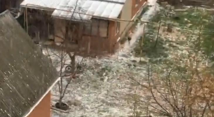 М-м-м, весна! В рязанской Соколовке выпал снег