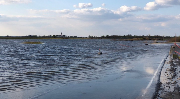 Большая вода отступает: дорога к селам Заокское и Коростово открыта