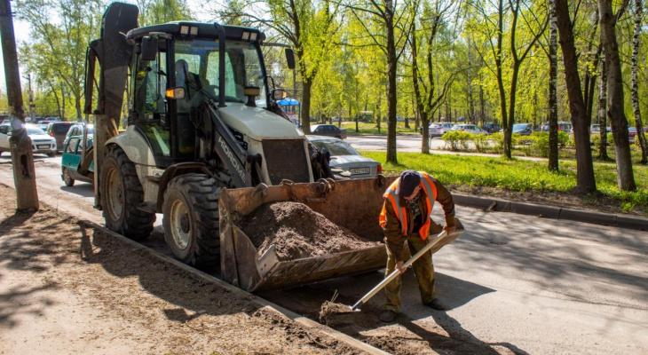 177 рабочих и 88 единиц техники: в мэрии отчитались об уборке городских улиц
