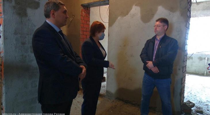 Проверка: мэр Сорокина посетила строящиеся пристройки к детским садам