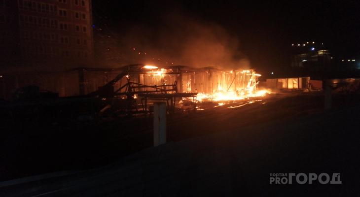 Запах гари на Московском: в ЖК «Невский» произошёл пожар. Видео