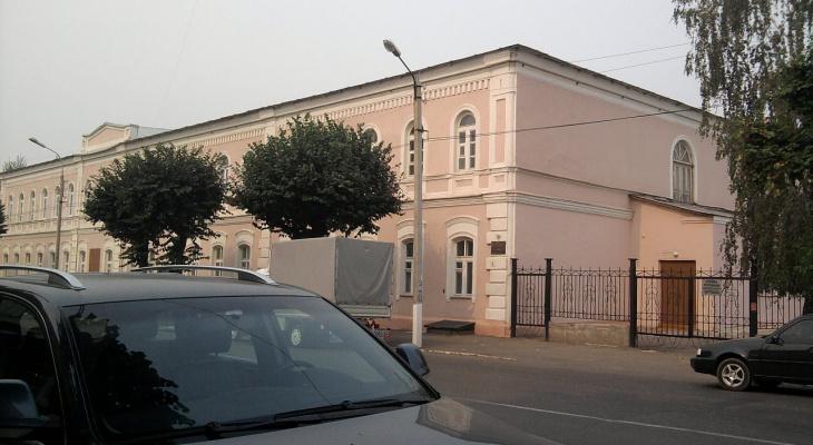 Взамен школы: в рязанской думе ищут здание, которое можно передать епархии