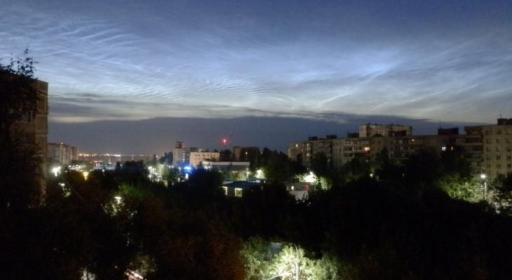 Необычное явление: в Рязани начался сезон серебристых облаков