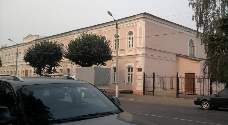 Пока школу №6 передают Епархии: суд отнял школу у Церкви Архангела Михаила в Сапожковском районе