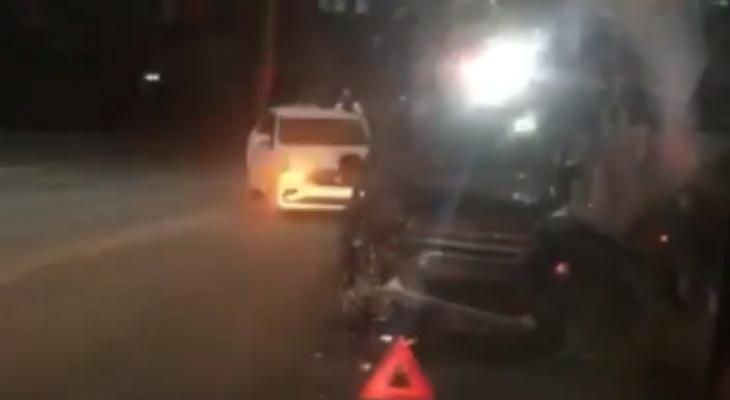 """Капот """"в мясо"""": на Касимовском шоссе столкнулись две иномарки"""