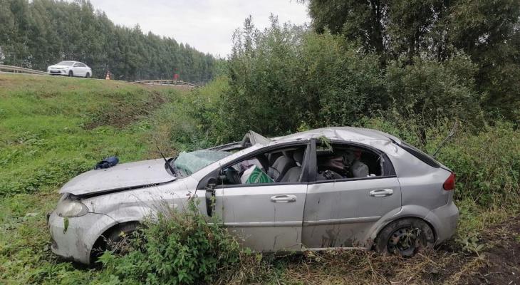 Уснул за рулем и вылетел в кювет: под Рязанью водитель едва не погиб в аварии