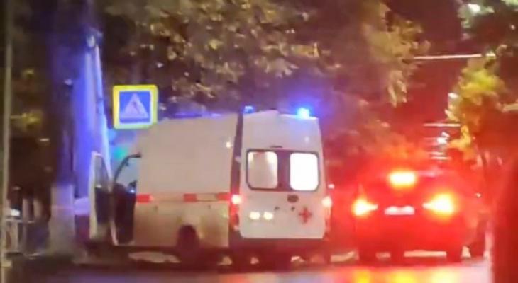 "Авария со ""скорой"" на Есенина: собрали видео с места происшествия"