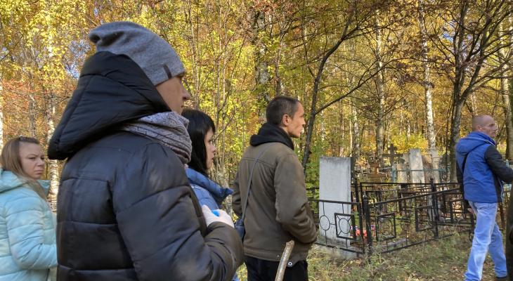 Мама Елены Логуновой рассказала, почему поиски возобновились в районе Сысоевского кладбища