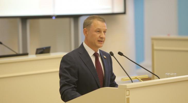 Ковид бушует: Аркадий Фомин попросил депутатов поторопить рязанцев с вакцинацией