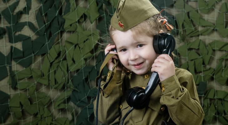 Рязанцы сметают с прилавков магазинов детскую военную форму