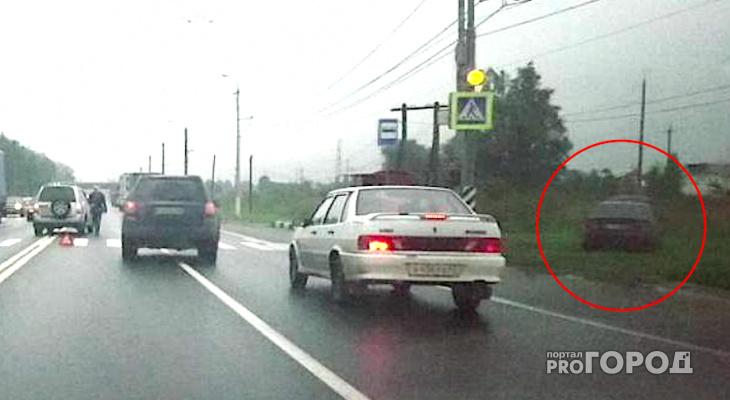 Митсубиси Лансер улетел с дороги на выезде из Рязани в результате ДТП