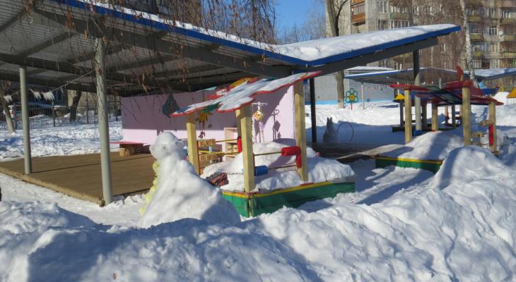 В московском детском саду умерла девочка, которую забыли на прогулке